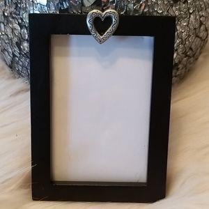 2 1/2 x 3 1/2 black heart frame